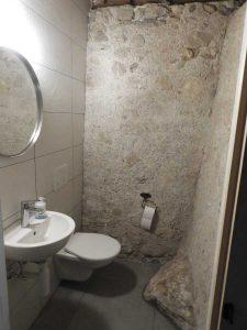 toilettes sous-sol
